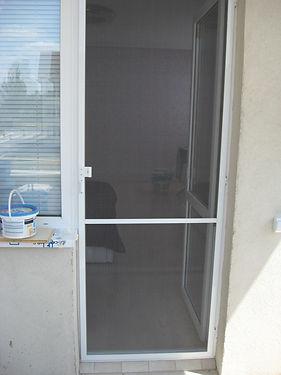 moskitnye-setki-na-dveri-pikalevo1.jpg