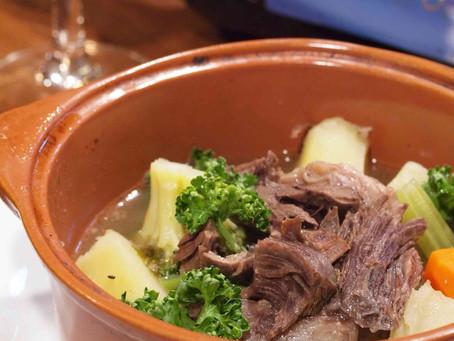 11月のおすすめメニュー、ブラストー(牛すね肉と野菜の煮込み)