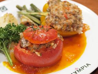 トマトとピーマンのヨミスタ(イェミスタ)♪ ギリシャの真夏の定番です♪