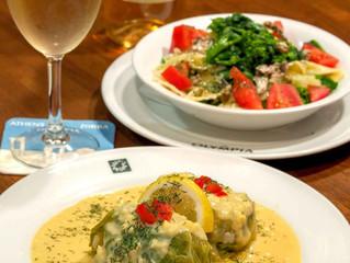 今月のおすすめはラハノドルマデス、ギリシャ風ロールキャベツ、レモンソースです♪