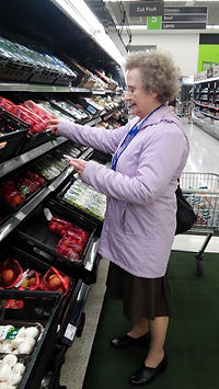 A volunteer from Trowbridge Link helping with shopping