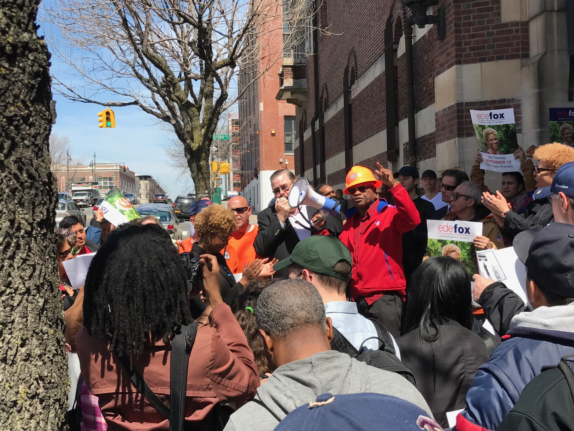 Laborers Say NO to Bedford-Union Armory Deal | New York