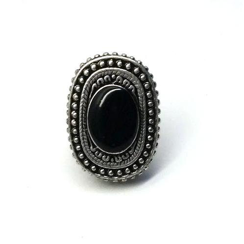 Bague fantaisie ajustable cabochon noir onyx
