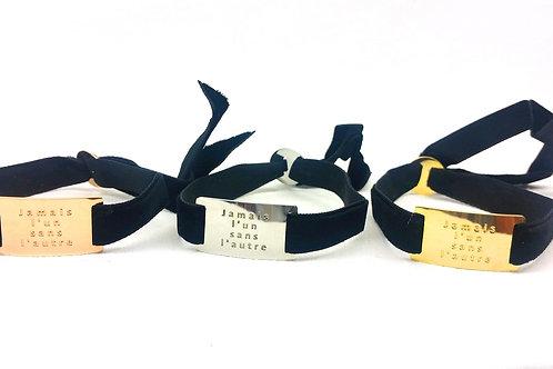Bracelet ruban velours noir plaque message doré, cuivré ou argenté
