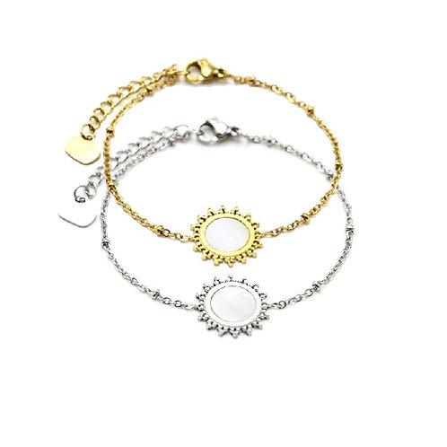 Bracelet argenté ou doré pastille nacre soleil