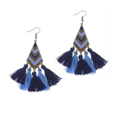 Boucles d'oreilles losange émaillé et pompon bleu marine