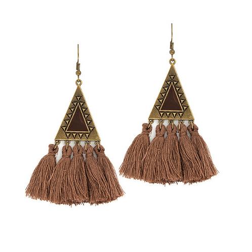 Boucles d'oreille ethniques pompons marron