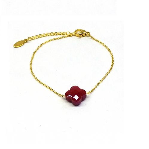 Bracelet tendance en acier doré perle trèfle rouge