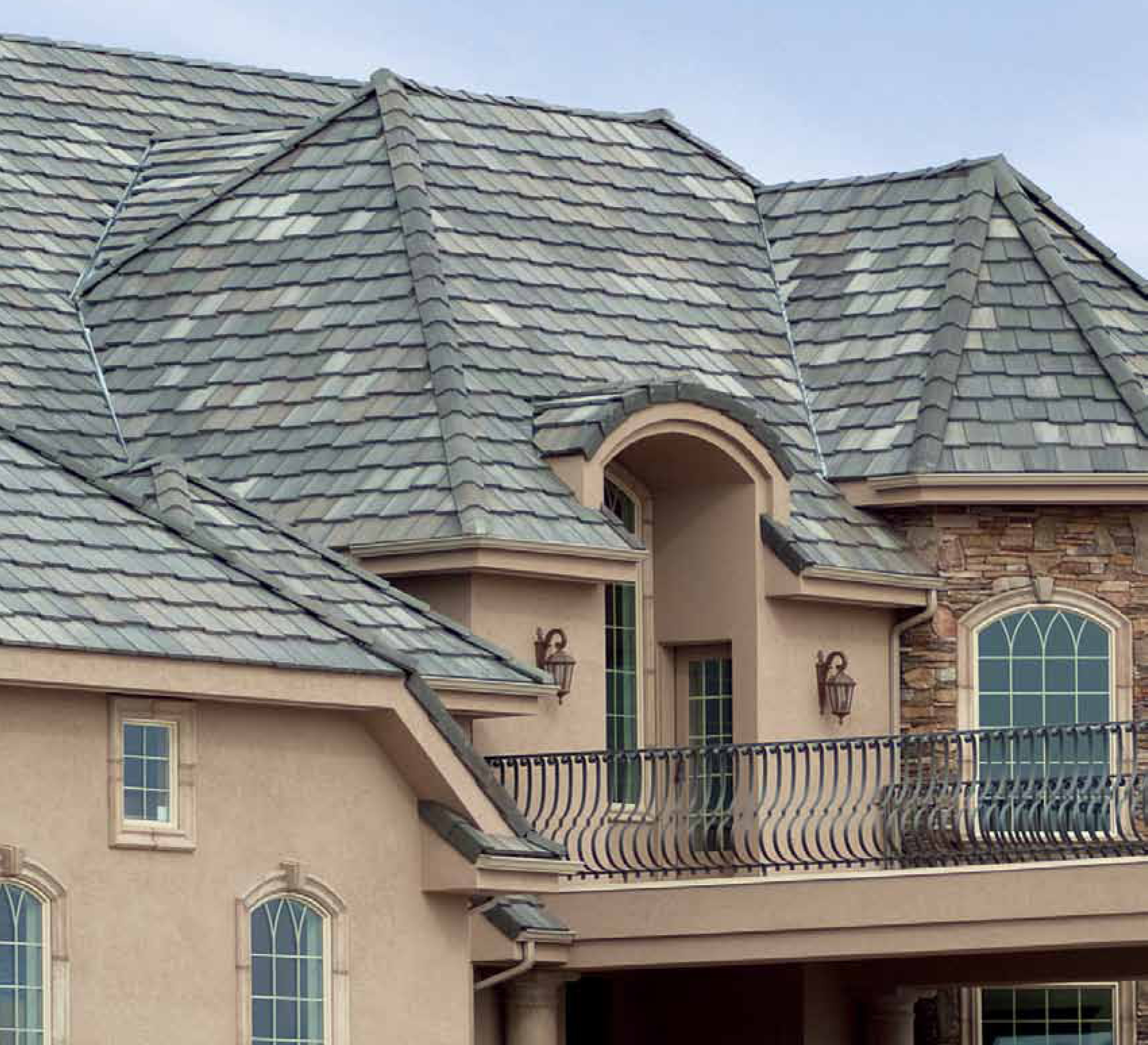 Eagle Gray Blend Roof