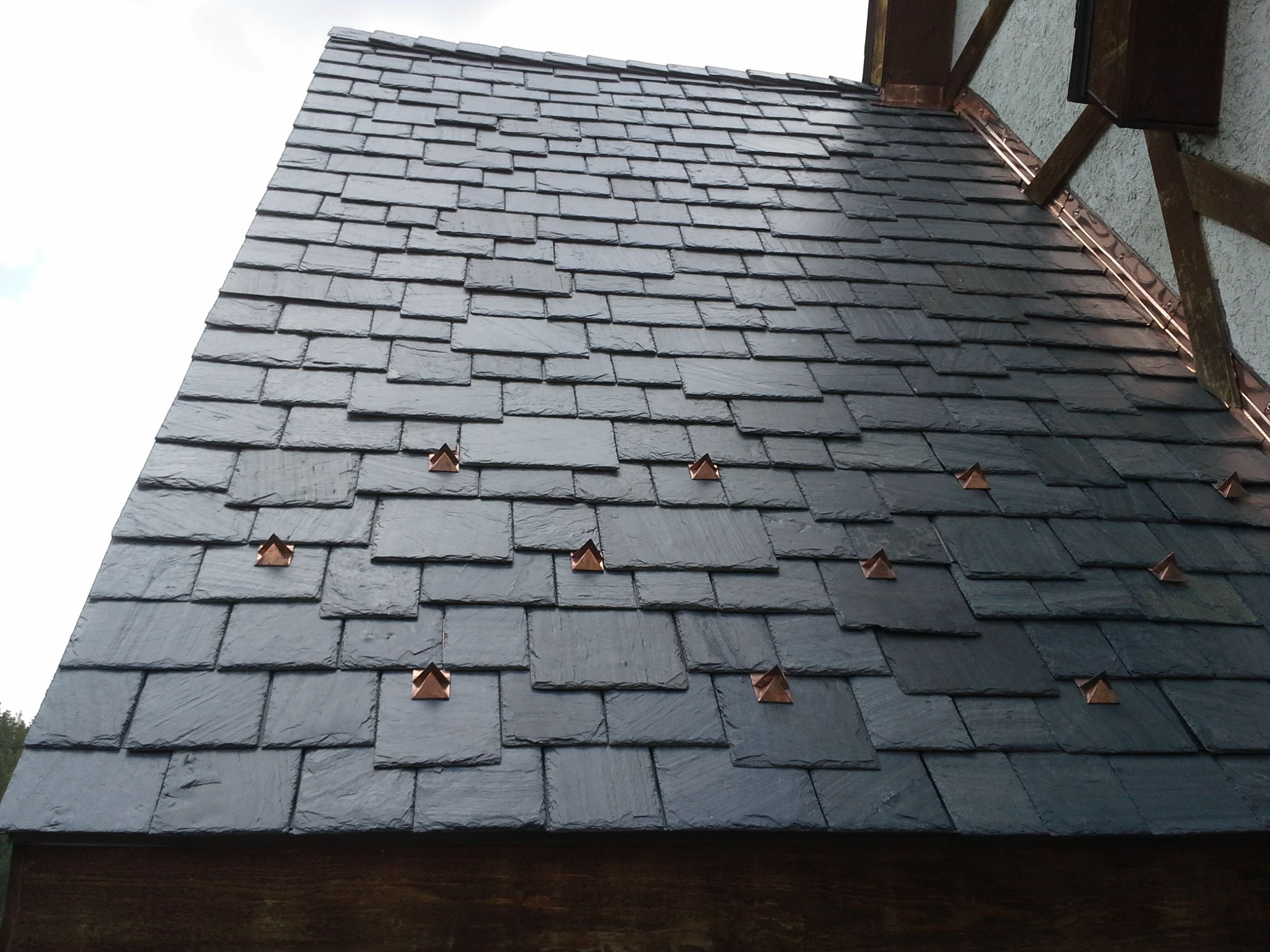 Black Slate with Snow Guards