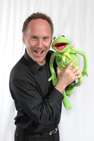 MIchael Kelley and Kermit the Frog-2.jpg