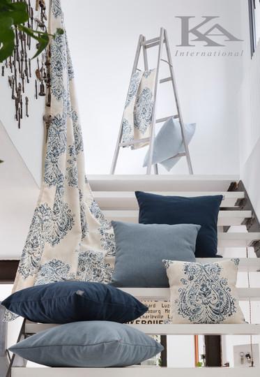 Modra kolekcija Arles