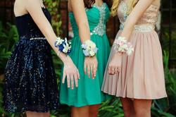 Mädchen gekleidet für School Dance