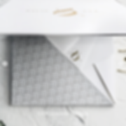 invitciones lujosas cajita con origami y hotstamping