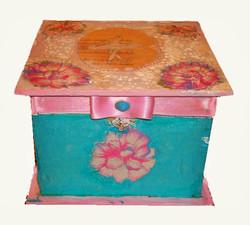кутија за накит