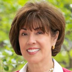 Linda Harvey Headshot