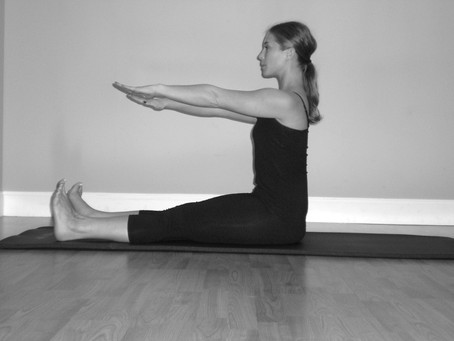 Mat Exercise - Spine Stretch