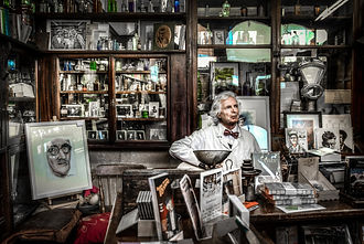 chemist-pharmacy-singer-man-419585.jpeg