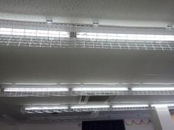 【天井のライト】