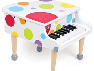 A che età è consigliabile iniziare a suonare il piano? E` troppo presto per mio figlio/a?
