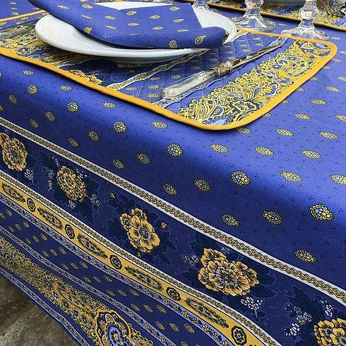 bastide-blanche-bleue-marat-avignonNEW.j