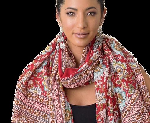 scarf-model-5_edited_edited_edited.png