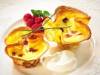 Crepe-Quiche de Jamón Ahumado con Queso Gruyere y Sour Cream