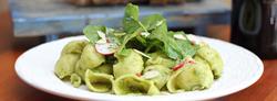 Salada Pesto