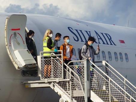 COVID-19: Estudantes internacionais chegam à Austrália pela primeira vez após o Coronavírus