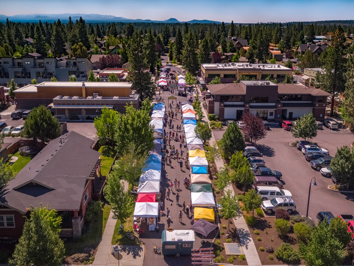 NW Crossing Saturday Farmer's Market - Bend, Oregon