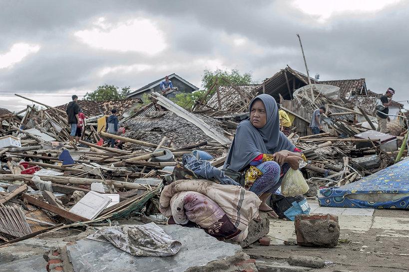 ro-HSF tsunami 03 bis.jpg