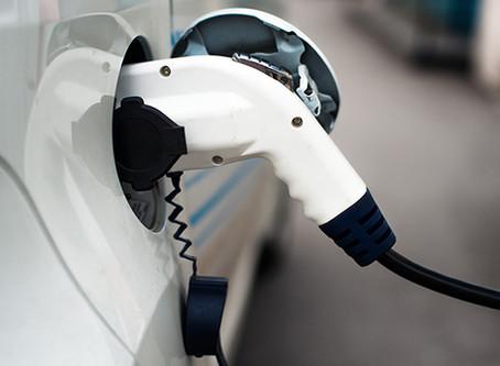 Ricarica auto elettriche in condominio: regole e normativa