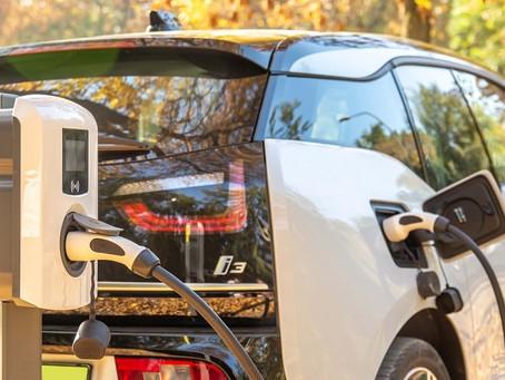 5 minuti per capire come ricaricare l'auto elettrica a casa.
