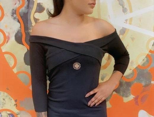 zwart off-shoulder cross dress ANAK MALUKU