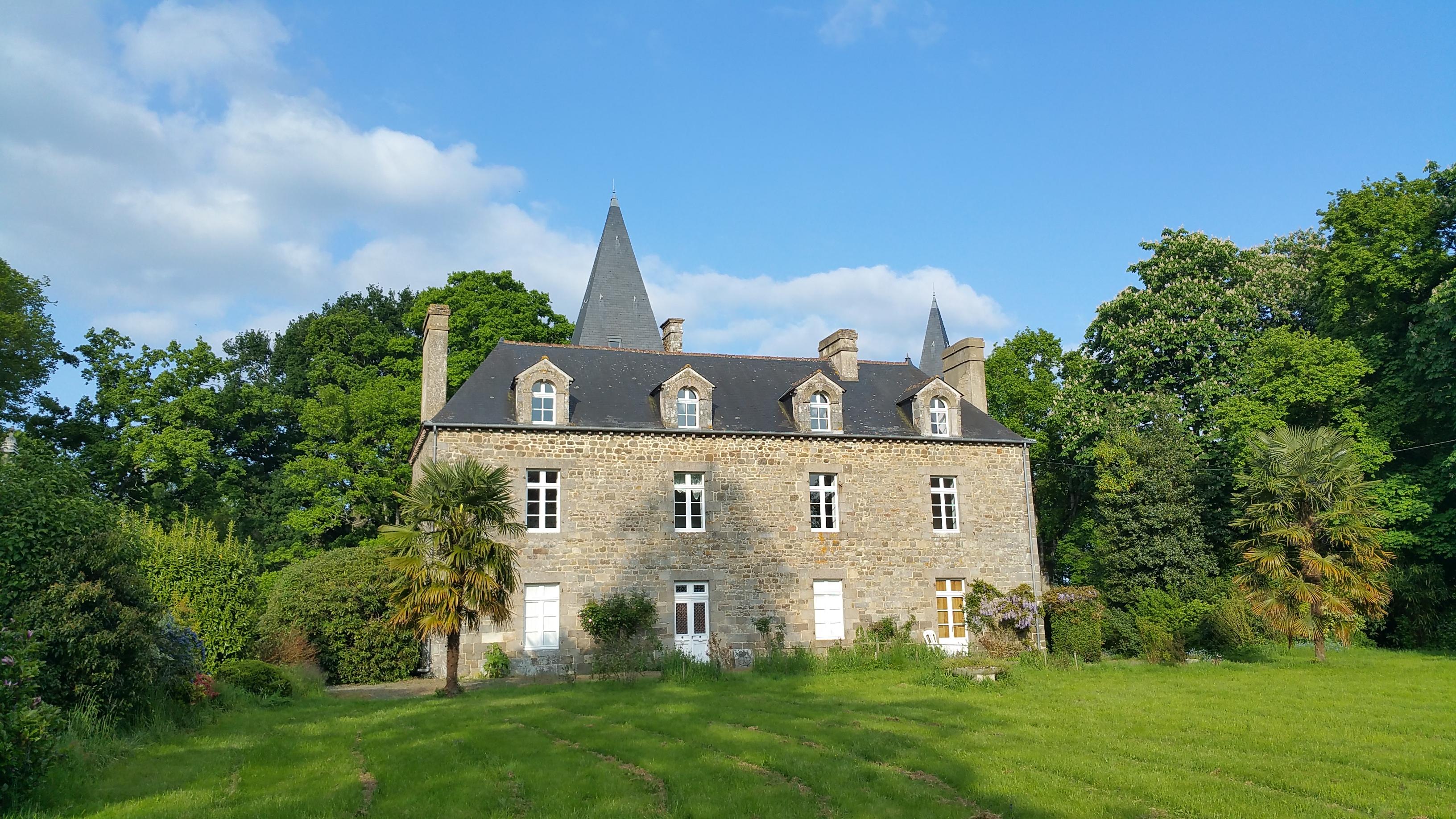 manoir-jardin-façade