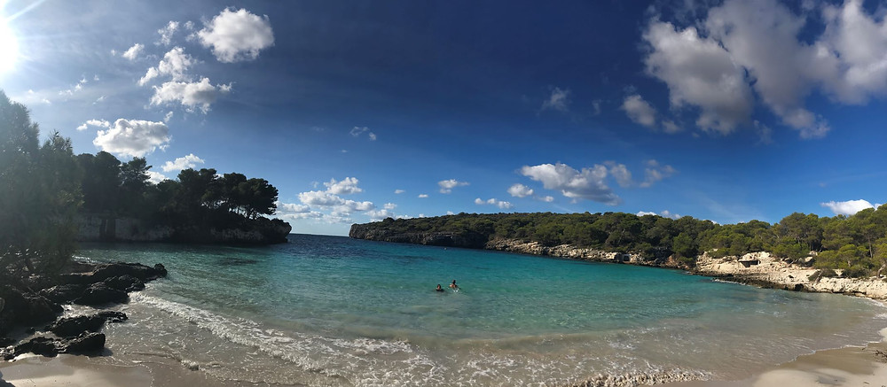 L'effervescence autour de la plage Turqueta à Minorque