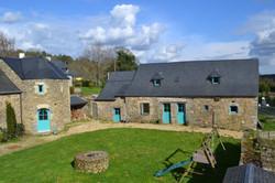 demeure-bretonne-cour