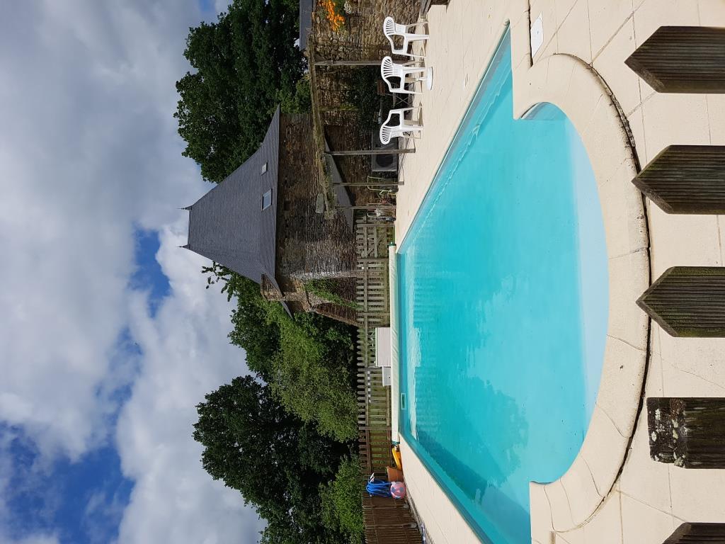 demeure-bretonne-piscine