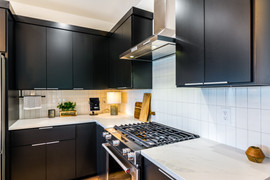 Gas range and ample counterop for preparing meals