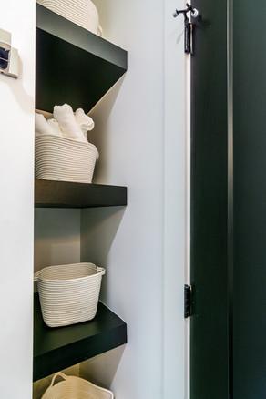 Storage nook in guest bath