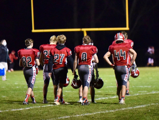 Spring Lake's Football Season Comes to an End in Heartbreaking Fashion