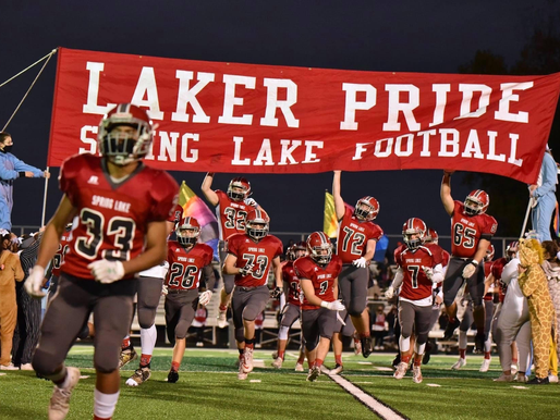 Laker Football Clinches First Playoff Victory Since '01