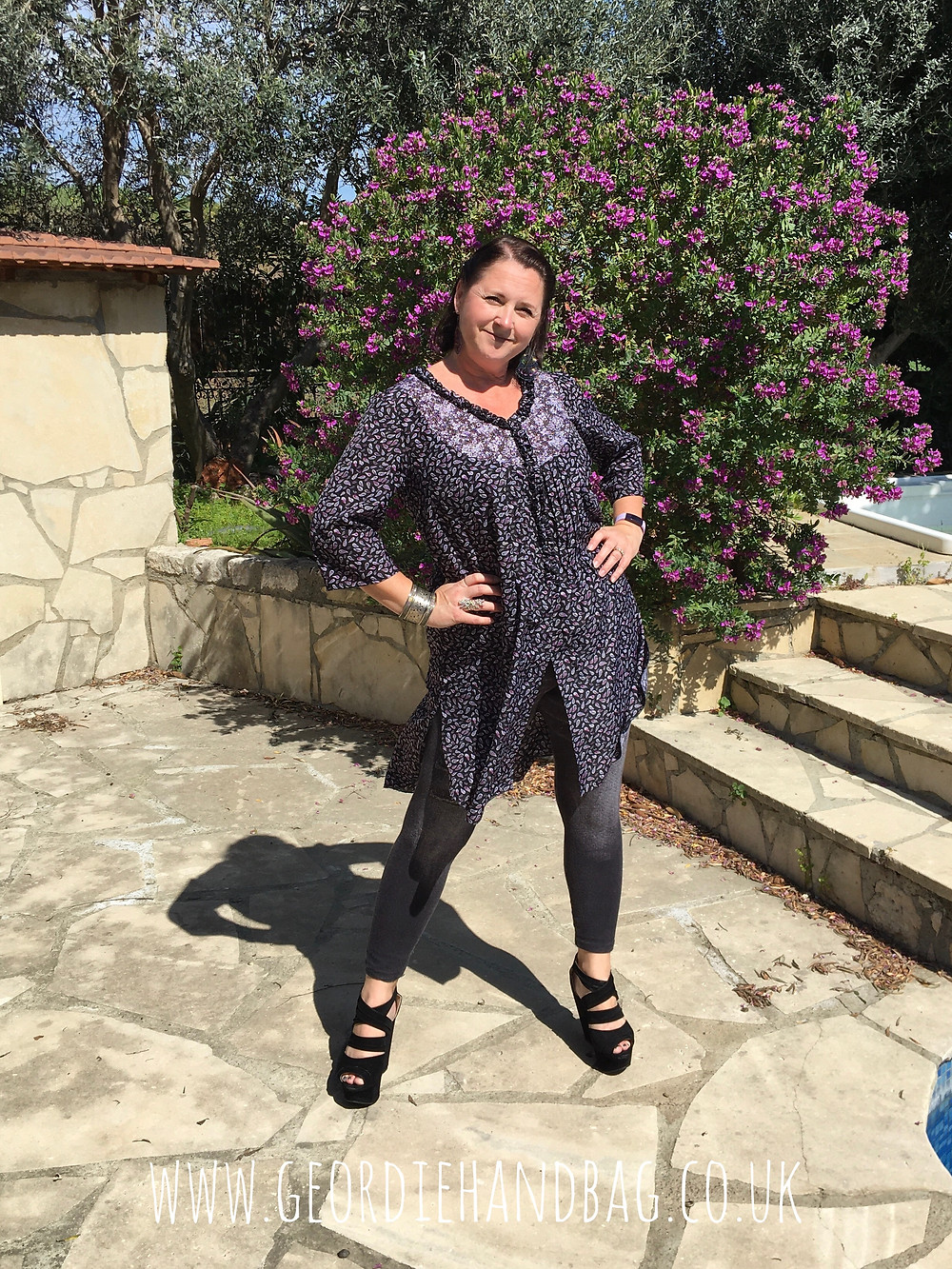 A Review of The Faith Top Tunic by Designer Stitch.