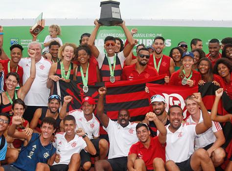 Flamengo conquista o troféu de campeão no Barcos Curtos 2019