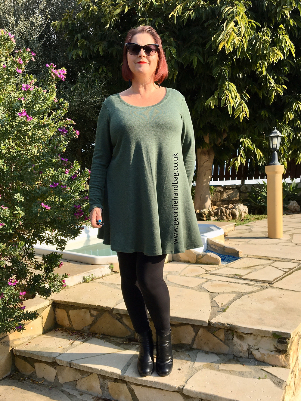 A Review of the FREE Laundry Day Tee Pdf Pattern by Love Notions.