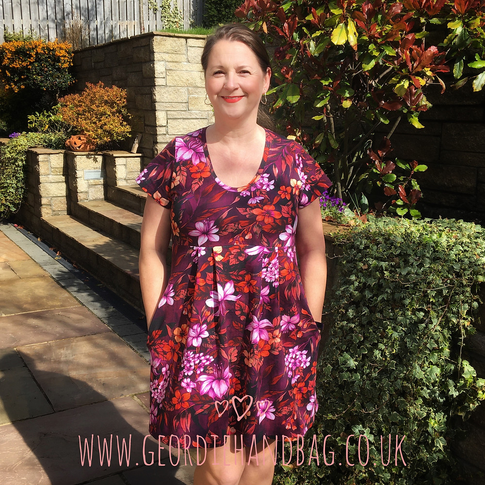 The Laurel Dress or Tunic Greenstyle pdf pattern review