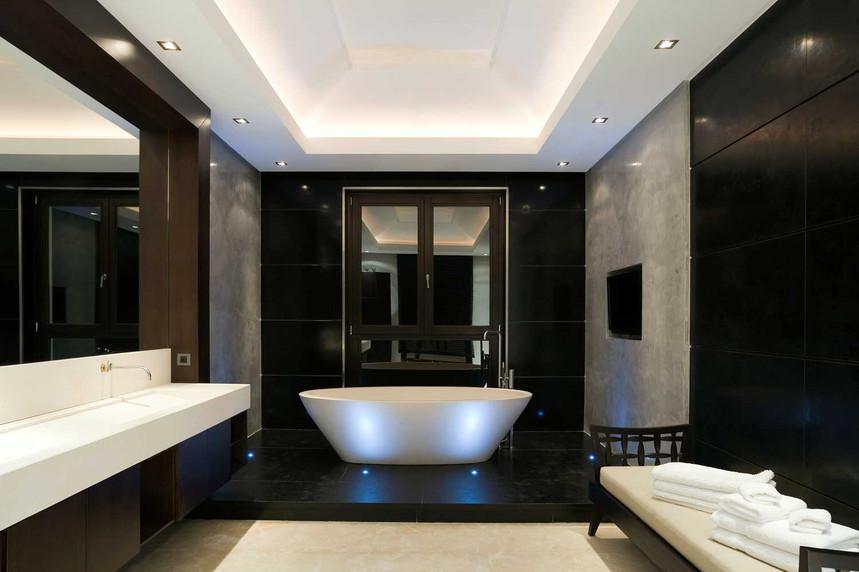 bathroom-sjpg