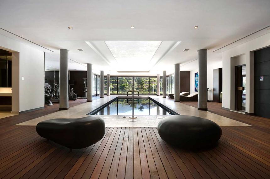 indoor-pool-sjpg