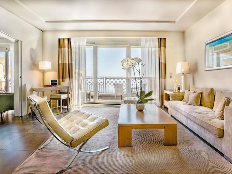 living-room-3-s.jpg