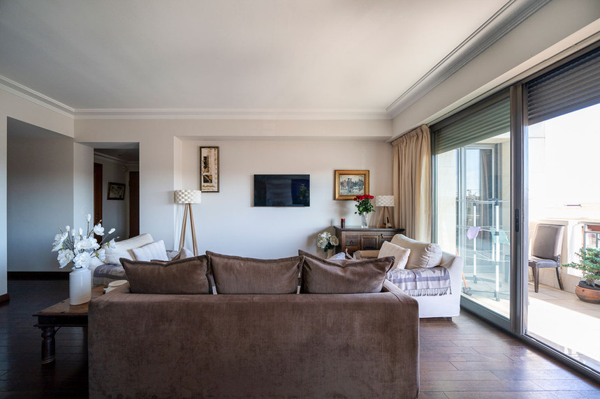 living-room3-s.jpg